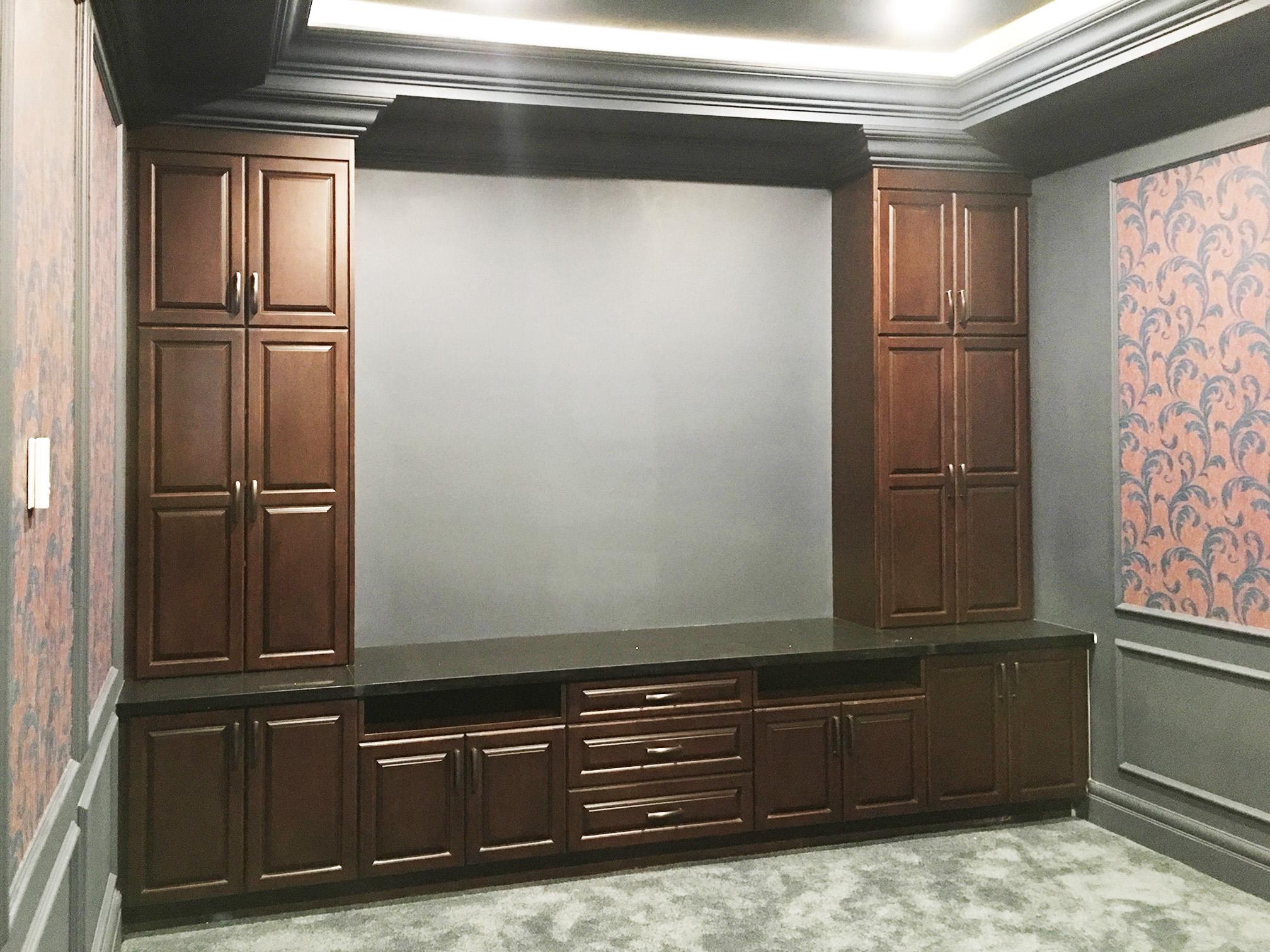 Rise Panel Kitchen Cabinet